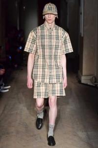 Sentimentos nostálgicos nas passarelas de Moda Internacional - Burberry