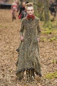 PFW 2018 - Chanel e um bosque outonal