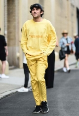 Verao-Amarelo-yellow-street-style-mens-fashion-week-ss17-4