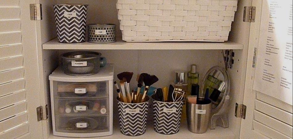 6 Dicas para organizar seus produtos de beleza e ter uma nécessaire funcional | EAMR