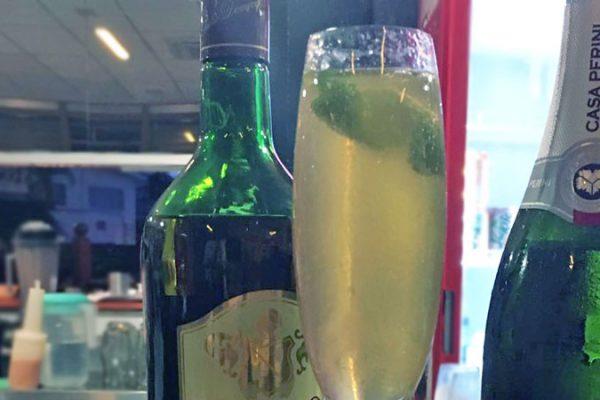 Drink da semana: French 75, um delicioso drink com conhaque e espumante