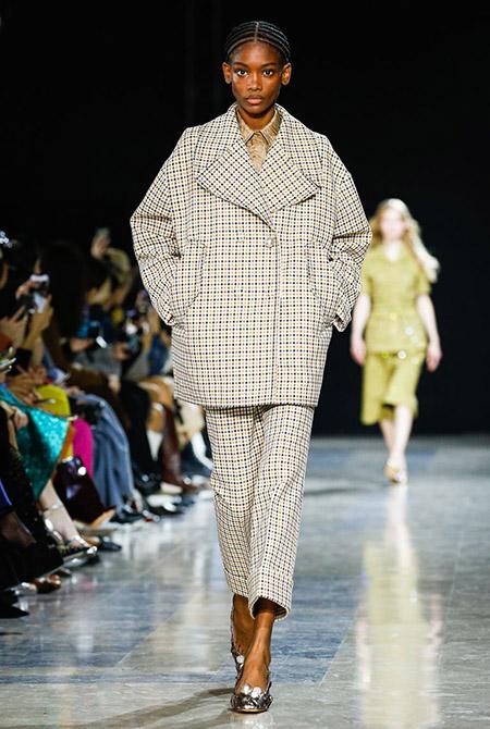 Rochas na Semana de Moda de Paris  Primavera / Verão 2020
