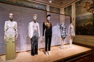 The-Vulgar-fashion-redefined-Foto-Christian-Wind-Belvedere-Vienna-5