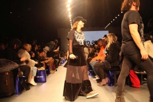 Diretora criativa da marca Juliana Mansur