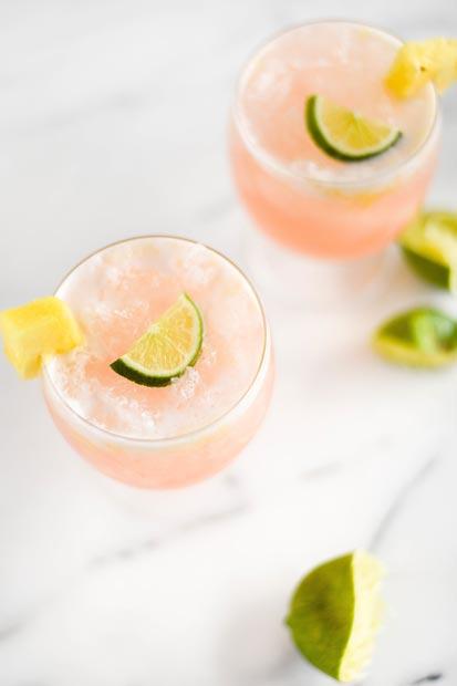 Drink de Goiaba Abacaxi e Coco | Estilo ao Meu Redor