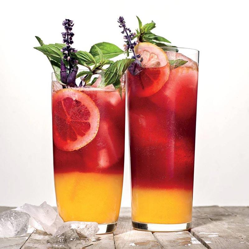 Drink da Semana: Receita de limonada de amoras e cúrcuma em camadas | EAMR