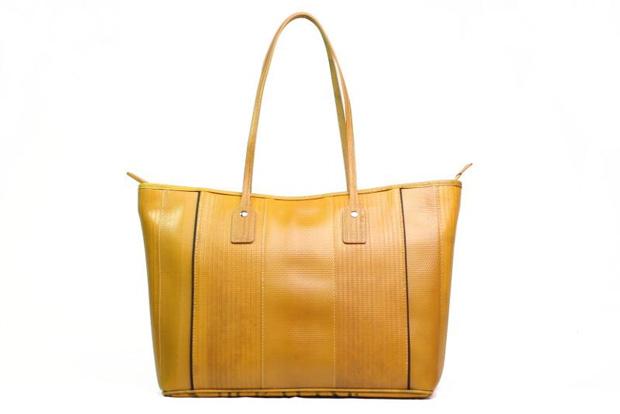 estilo-ao-meu-redor-5-marcas-inglesas-acessorios-moda-sustentavel-Elvis-and-Kresse-Tote-Yellow