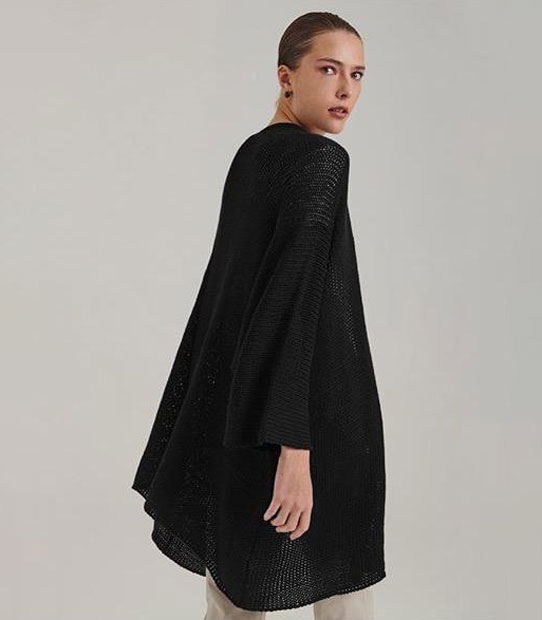 Kimono preto longo e solto
