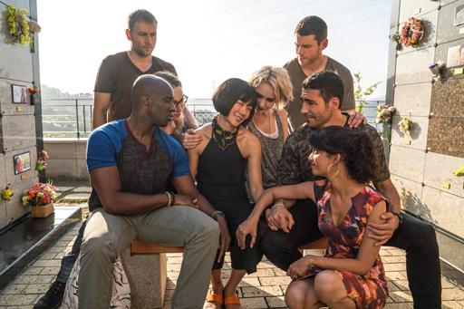 Representatividade LGBTQIA+ nas séries: elenco de Sense8